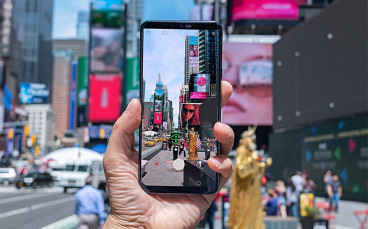 LG-G7-in-Action-01.jpg