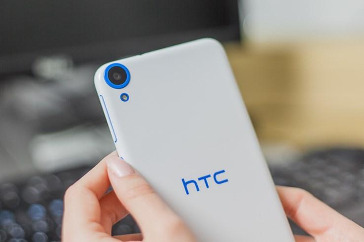 HTC Desire 820 (4).jpg