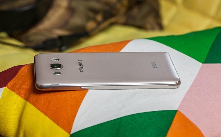 Samsung-Galaxy-J5-2016-recenzija-test-5.jpg